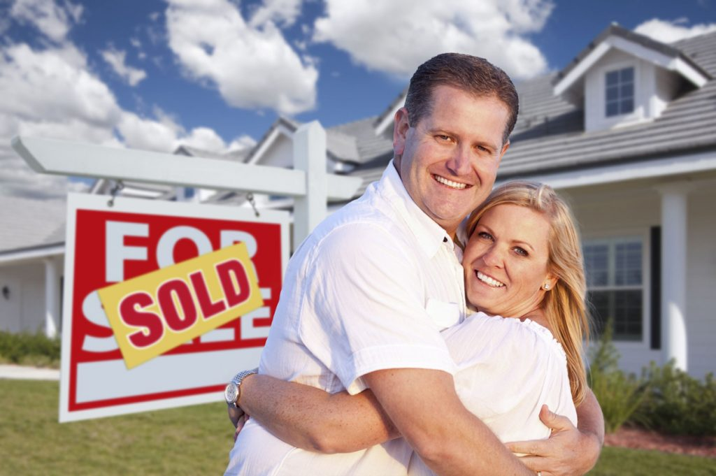 Couple_House_Sold_38